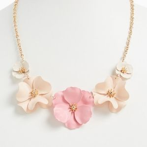 NWT Gold-tone&Blush Pink Matte Floral Statement Ne